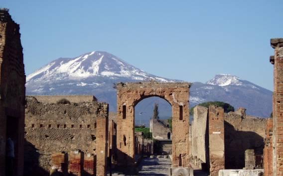 Ab Neapel: Pompeji & Vesuv - Tour ohne Anstehen