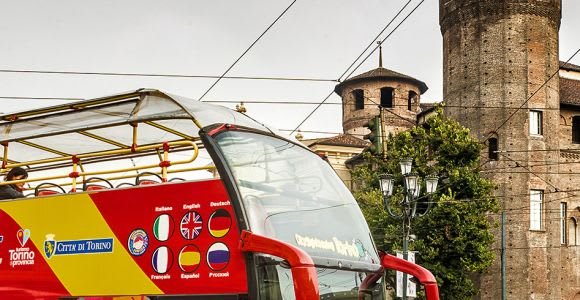 Torino: M**Bun e autobus panoramico