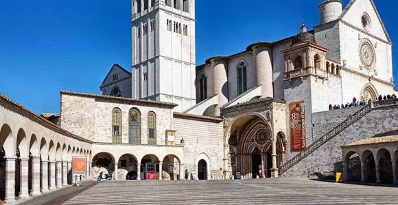 Assisi 3-Hour Small Group Tour & St. Francis Basilica Visit