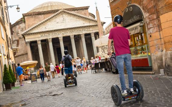 Roma: tour in Segway dal Pantheon al Colosseo