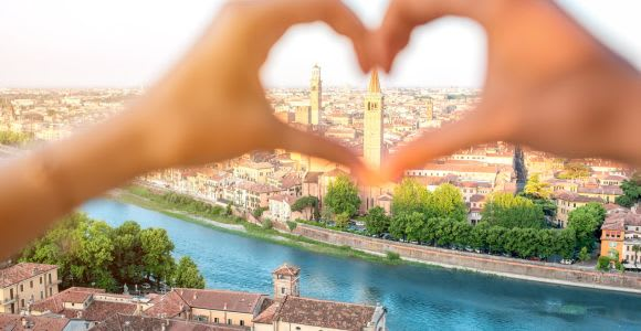 2-Hour Romantic Verona Walking Tour