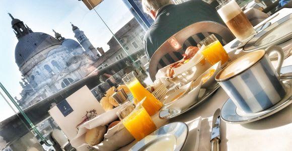 Visite photo tôt le matin et petit-déjeuner dans un endroit de luxe