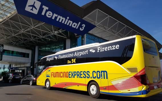 Aeroporto di Fiumicino: bus navetta da/per Napoli centro