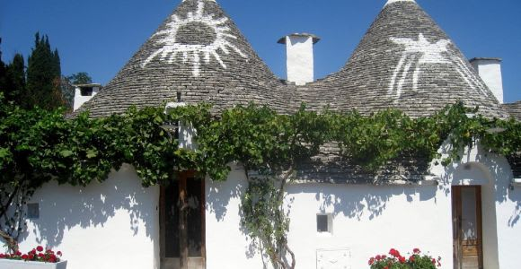 Bari: Guided Alberobello Trip