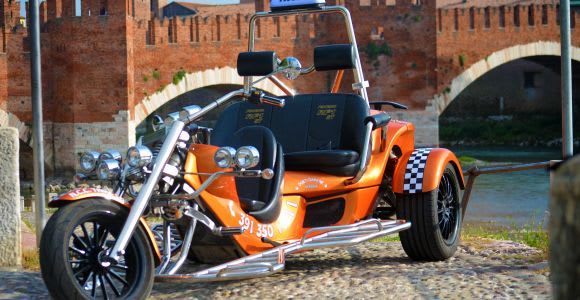Verona: Private Transfers and Sightseeing by Trike