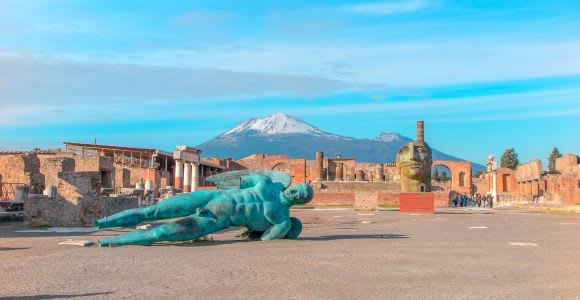 Pompeii: Guided Walking Tour with Skip-the-Line Ticket