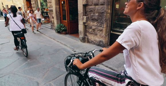 Florence: Vintage Bike Tour with Gelato Tasting
