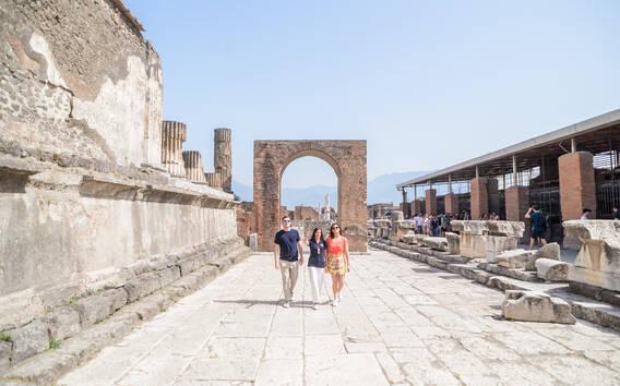 Pompeji: Kleingruppentour mit einem Archäologen