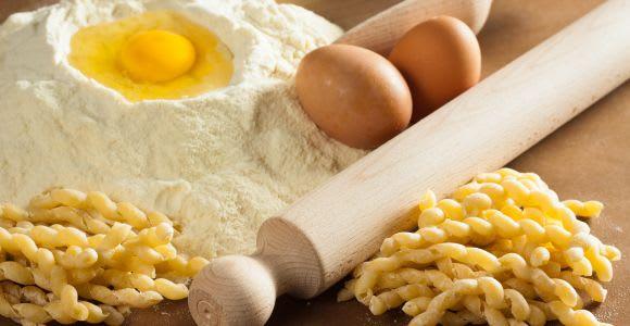 Palermo: lezione privata di preparazione della pasta a casa di un locale