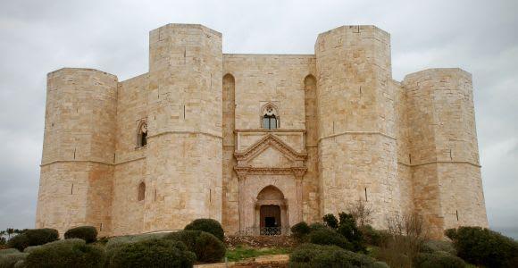 Andria: Castel del Monte Sunset Tour
