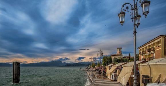 Lake Garda: Sirmione Sunset Boat Tour