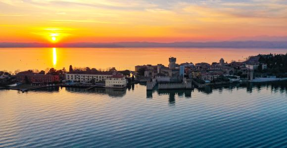 Lake Garda: Historic Castle Cruise with Wine Tasting