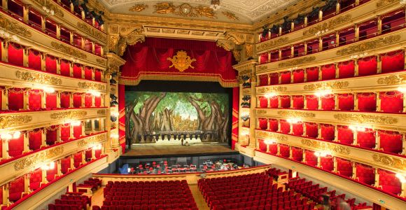 Milan: La Scala Theatre Guided Experience