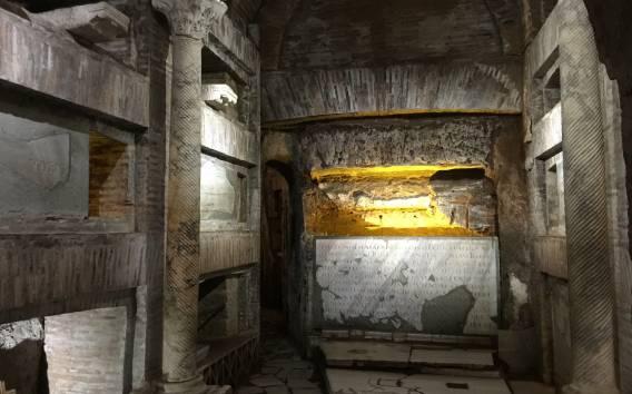 Roma: tour guidato ufficiale delle Catacombe di San Callisto