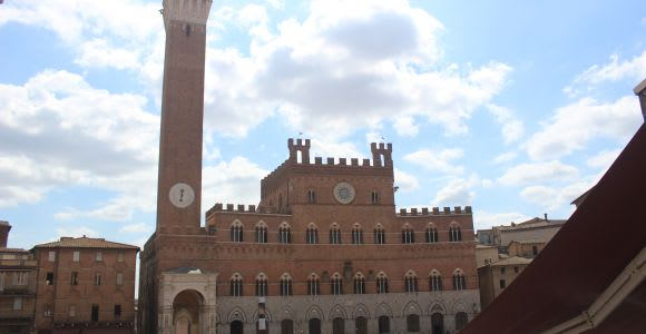 Siena: Guided Old Town Walking Tour with Cathedral Entrance