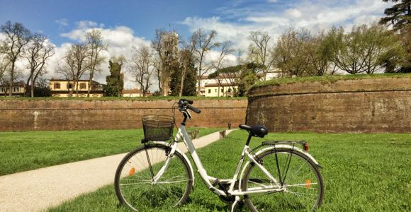 Lucca: 1-Hour, 3-Hour, or 24-Hour Bike Rental