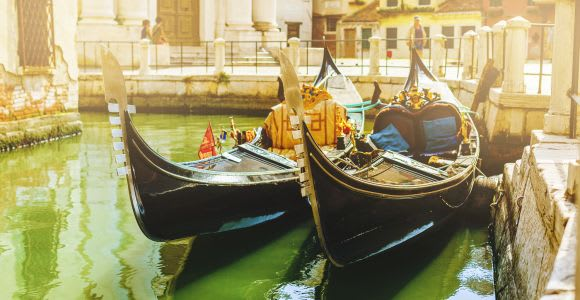 Venice: Small Group Shared Gondola Ride on the Grand Canal