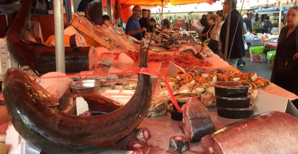 Tour del mercato e lezioni pratiche di cucina a Palermo