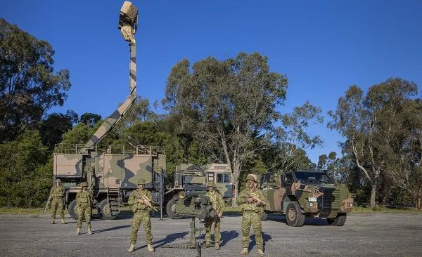 news-rbs70-giraffe-armymakesgrade.jpg