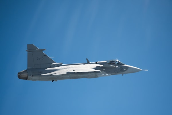 gripen_e_first_flight-6394.jpg