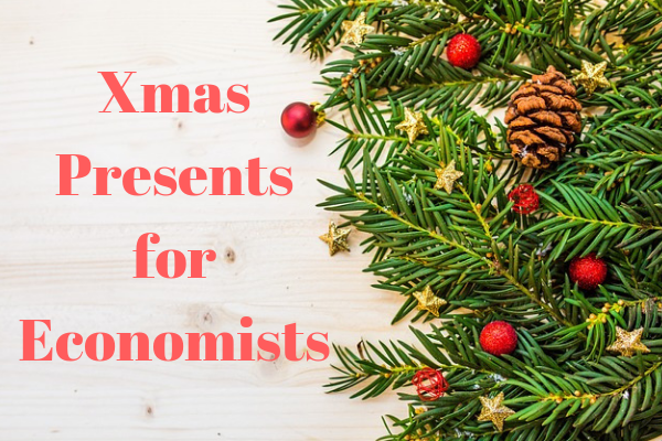 10 Best Christmas Gift Ideas for an Economist