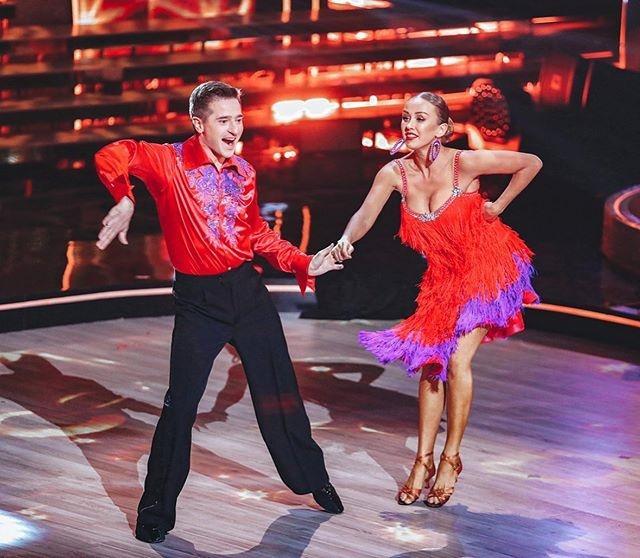 Иван Стебунов и Инна Свечникова победили в 11 сезоне шоу «Танцы со звёздами»