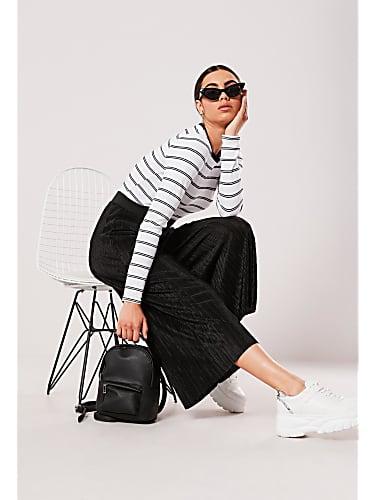 go for black plisse wide leg culottes
