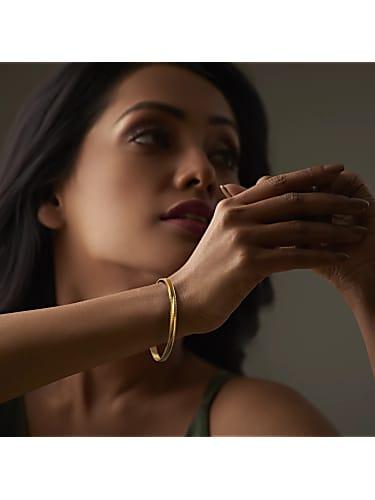 the radha bangle