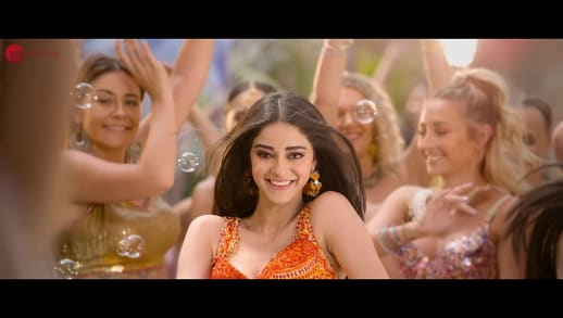 shreya featuring ananya pandey mumbai dilli di kudiyaan, student of the year 2, 2019