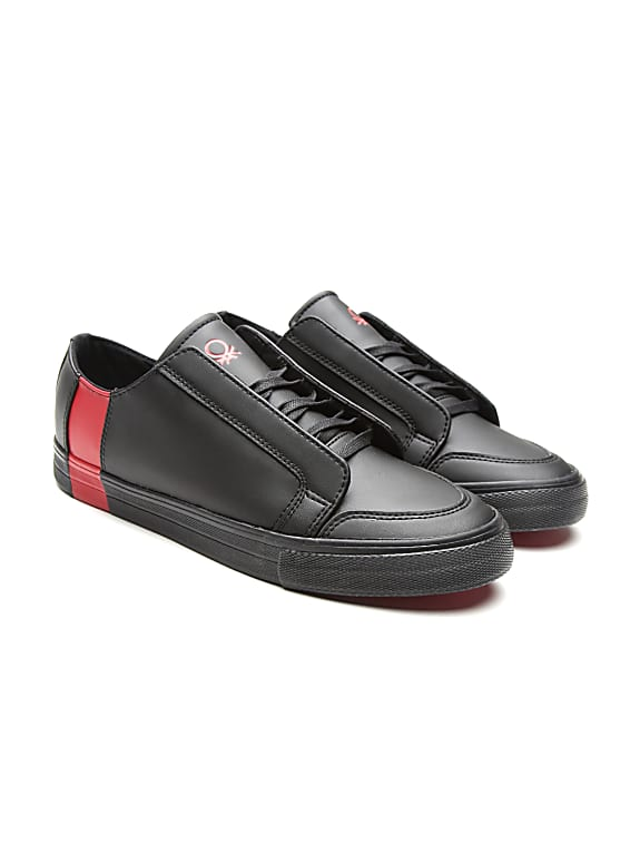 men black sneakers