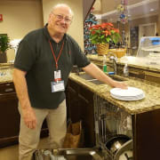 Meal Helper_Bob Colvin