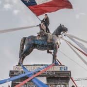 chile-statue