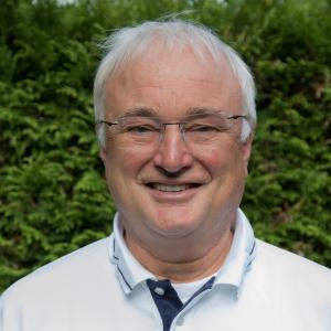 Dr. Wolfgang Doering