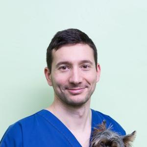 Dr. Vet. Arnault