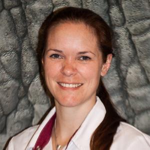 Stephanie van Velthuijsen senior paraveterinair
