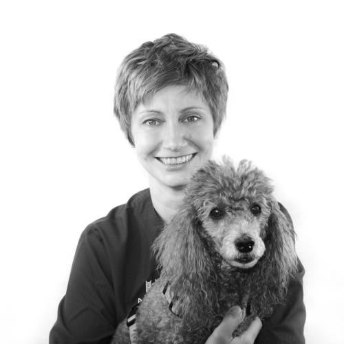 Dr. Sabine Resch