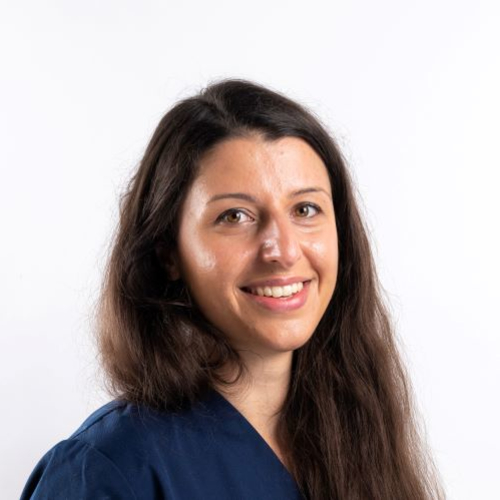 Dr. Vet. Holenova