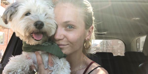 Emilie og Torben på køretur