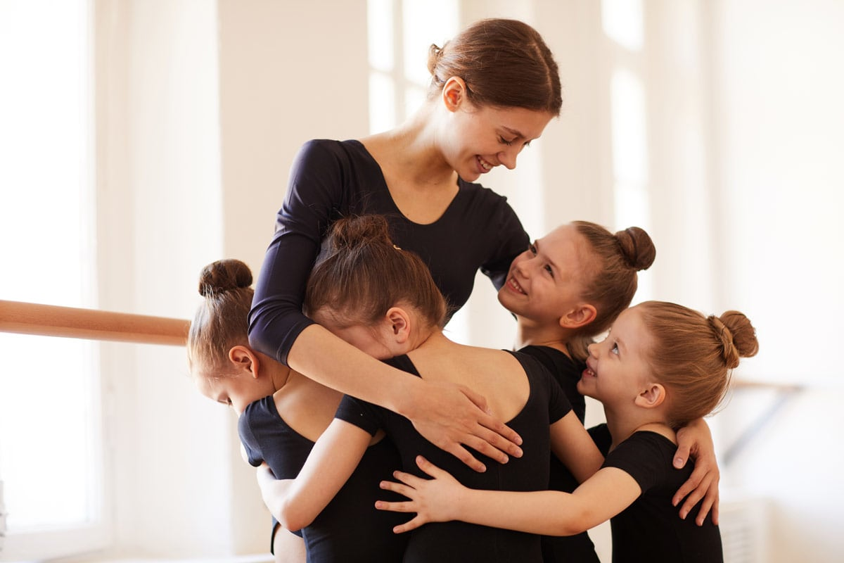 gold coast dance studio teacher with kids
