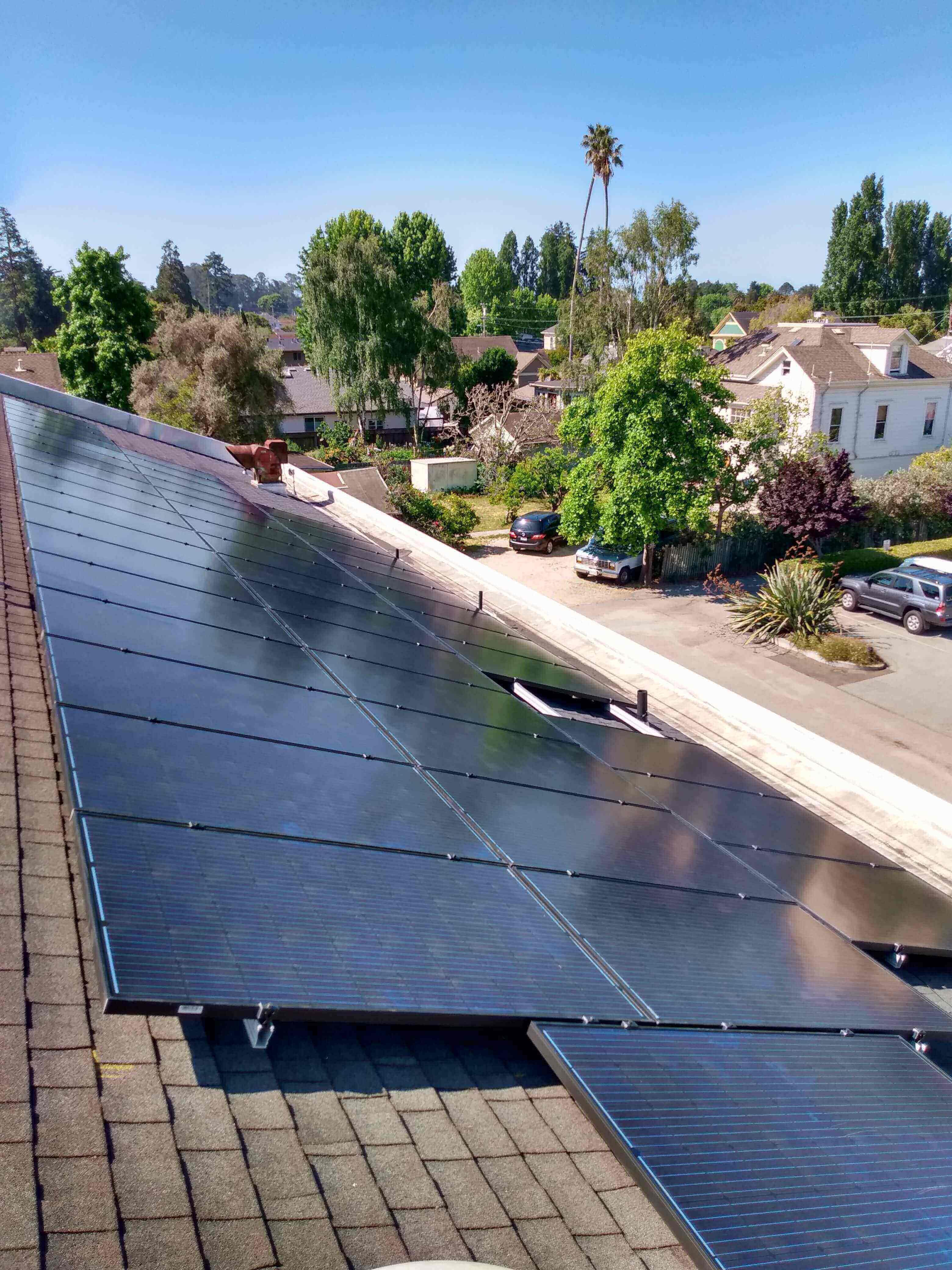 RE-volv MHCAN Solar Install