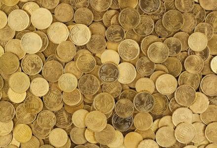 Fotographie von vielen Euromünzen