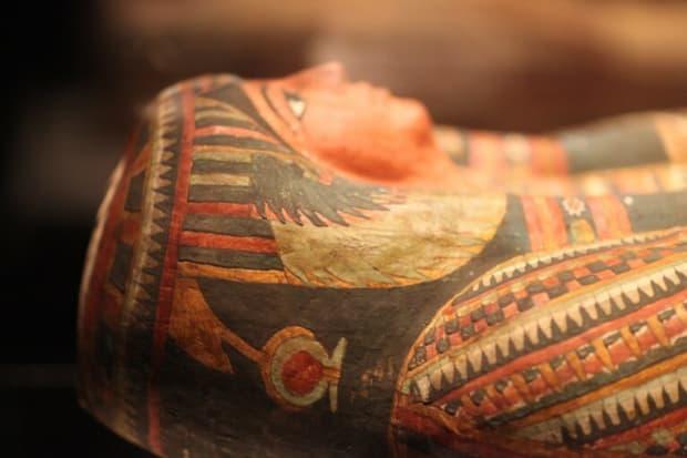 Schon die alten Ägypter verwendeten Särge um ihre Toten zu bestatten.