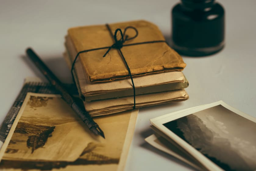 briefe-erinnerungen-fotos-joanna-kosinska-unsplash.jpg