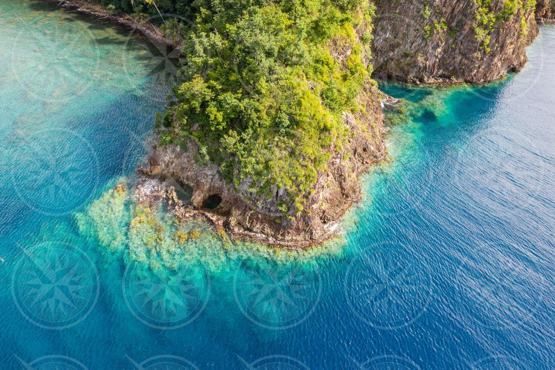 Dominica shoreline