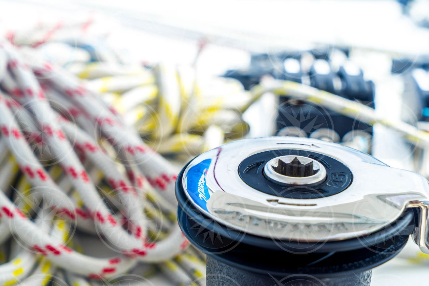 Sailing winch and lines