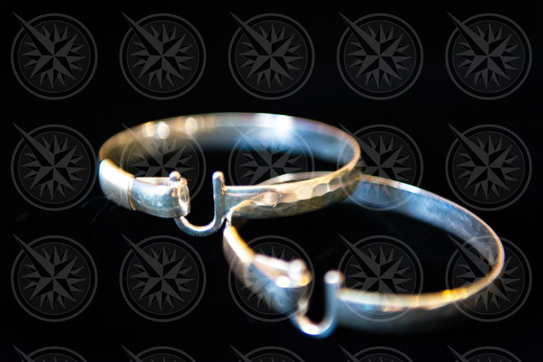 Crucian Hook Bracelet