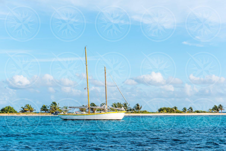 Boat off Sandy Island