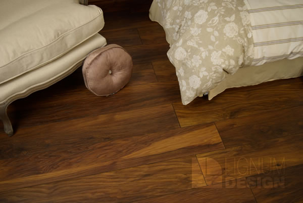 Red River Hickory Vintage Narrow, Red Hickory Laminate Flooring