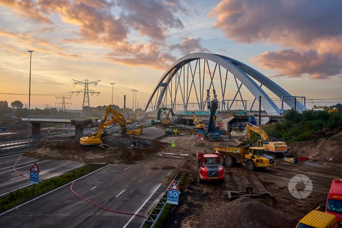 SAAOne: Zandhazen brug, over A1
