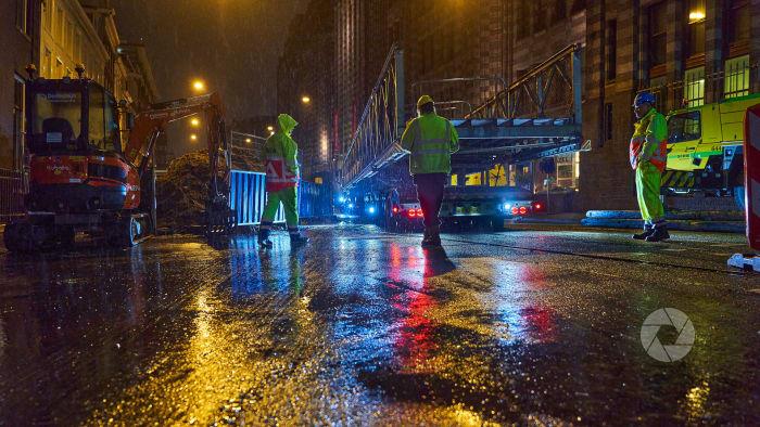 Werken in het donker en met regen